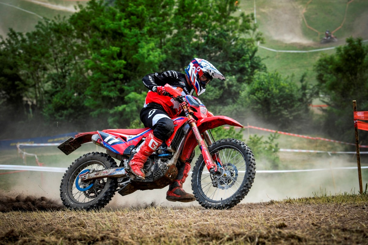 06-CastelliCalepio-Honda-RedMoto-Racing-World-Enduro-Team